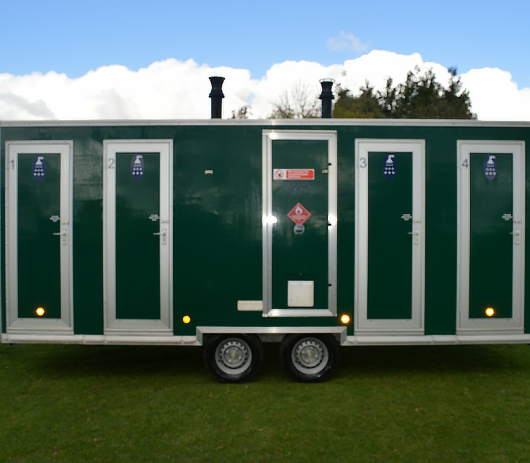 Do I Need A Luxury Portable Bathroom Trailer For My: Gas Portable Showers For Hire In Derbyshire